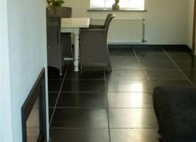carrelage en pierre naturelle pour l 39 interieur carrelage en pierre bleue pierre blanche. Black Bedroom Furniture Sets. Home Design Ideas