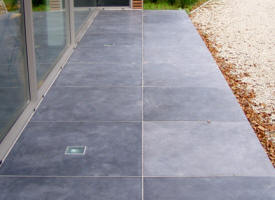 Terrasse en pierre naturelle et b ton catalogue de nos for Carrelage exterieur 40x40