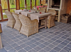 Pierre sol fournisseur online et n goce de mat riaux for Carrelage en pierre bleue belge