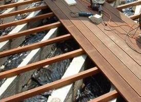 Terrasse en bois terrasse bois composite dalle en bois for Terrasse en composite sur sol meuble