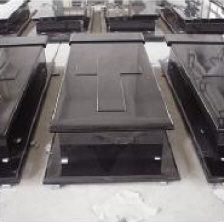 pierre tombale chez pierre sol fournisseur online et n goce r sentation des pierres. Black Bedroom Furniture Sets. Home Design Ideas