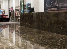 Carrelage en marbre brun rouge pour l 39 int rieur chez pierre et sol fournisseur de pierre naturelle - Marbre sol interieur ...