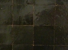 zelliges tomette terre cuite emaille maroc chez pierre et. Black Bedroom Furniture Sets. Home Design Ideas