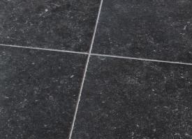 Carrelage en pierre bleue belge chez pierre et sol for Carrelage terre cuite belgique