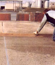 Pav en b ton pav b ton en ligne chez pierre et sol for Pose carrelage sur lit de sable